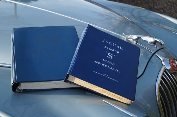 Jaguar manuals